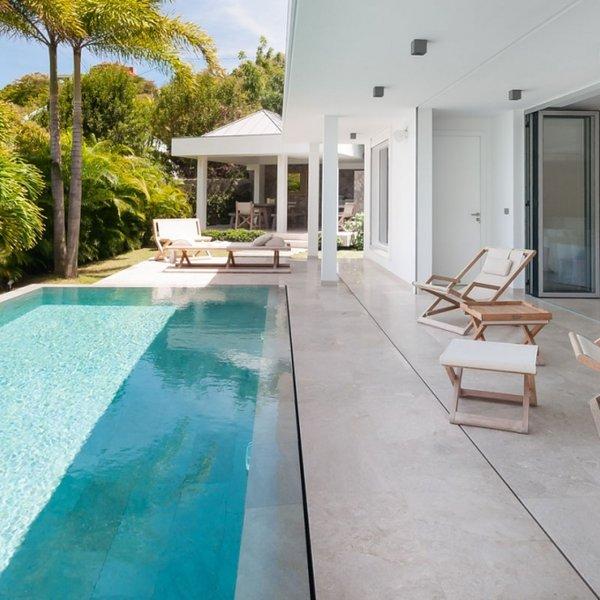 Villa Palm | Ocean View - Located in Tropical Grand Cul de Sac with Private Po, Ferienwohnung in Grand Cul-de-Sac