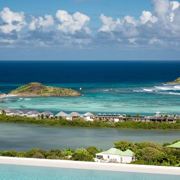 Villa Iris | Ocean View - Located in Tropical Grand Cul de Sac with Private Poo, alquiler vacacional en Grand Cul-de-Sac