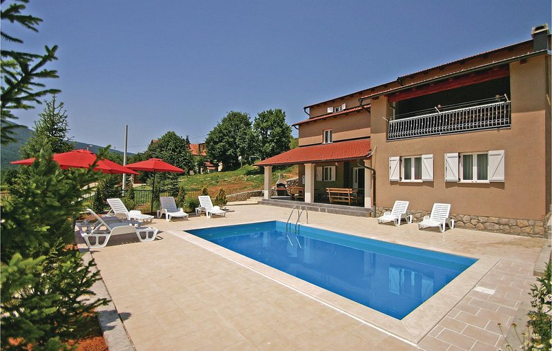 Awesome home in Crni Kal with 6 Bedrooms and WiFi (CKV180), holiday rental in Lokva