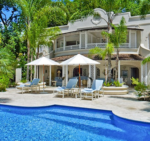 Villa Sandalo | Beach Front - Located in Beautiful Gibbs Beach with Private Po, holiday rental in Gibbes