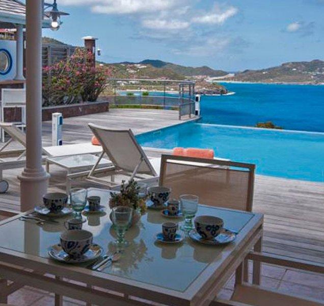 Villa L'Abri Cotier | Ocean View - Located in Beautiful Pointe Milou with Priv, casa vacanza a Pointe Milou