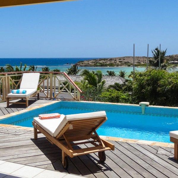 Villa Le Motu | Ocean View - Located in Beautiful Grand Cul de Sac with House C, Ferienwohnung in Marigot