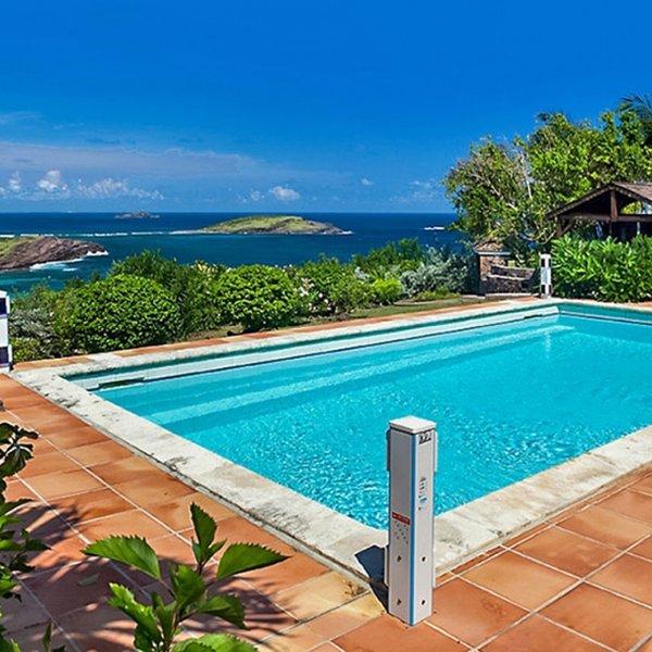 Villa Le Roc | Ocean View - Located in Exquisite Petit Cul de Sac with Private, location de vacances à Petit Cul de Sac
