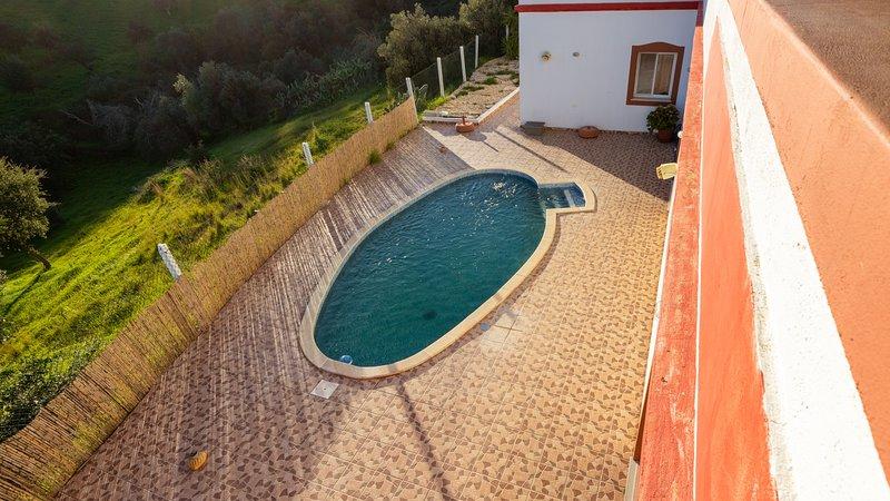 Big Villa with swiming pool and snooker, Wi-Fi, holiday rental in Tavira