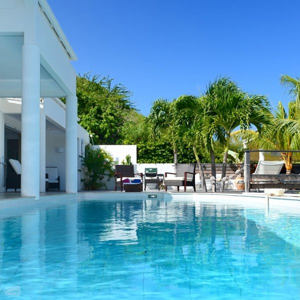 Villa Escapade | Ocean View - Located in Stunning Marigot with Private Pool, holiday rental in Marigot