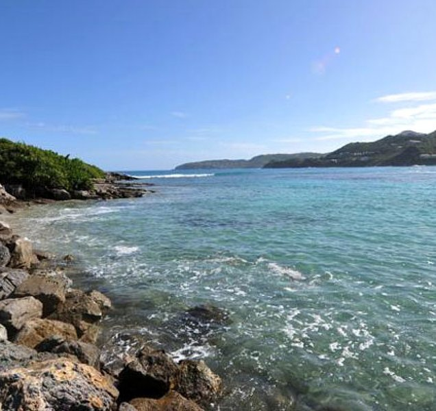 Villa Dahouet   Ocean Front - Located in Wonderful Saint Jean with House Cleani, vacation rental in St. Jean