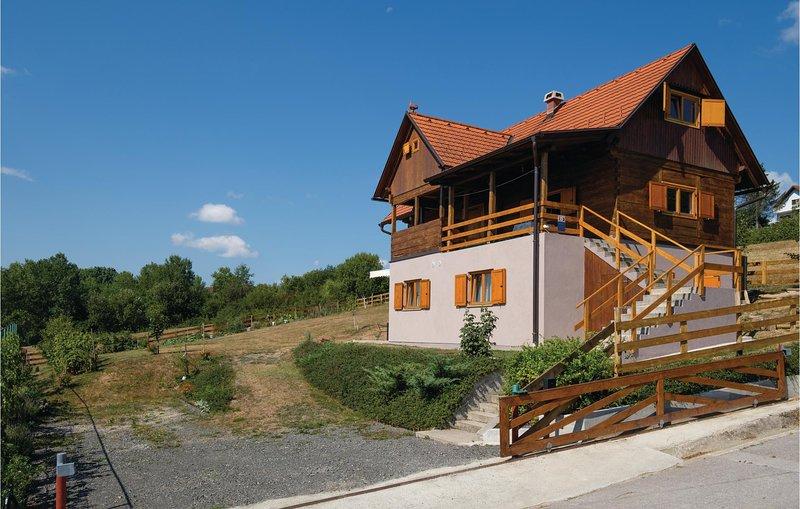 Stunning home in Topusko w/ 0 Bedrooms (CCC103), casa vacanza a Sisak-Moslavina County
