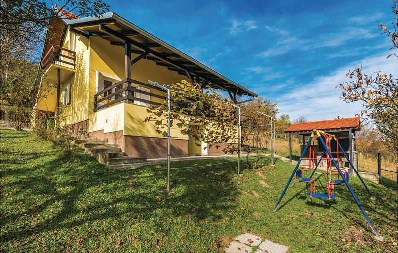 Nice home in Sv.Kriz Zacretje with WiFi and 2 Bedrooms (CCC221), holiday rental in Bedekovcina