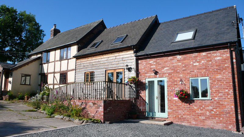 Ty Mochyn, self catering holiday barn conversion, vacation rental in Kerry