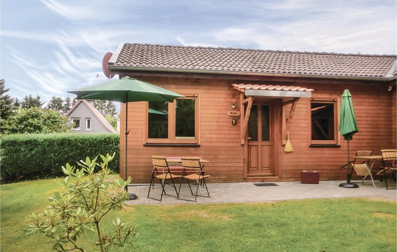 Awesome home in Thale/Friedrichsbrunn with 2 Bedrooms (DAN121), casa vacanza a Allrode