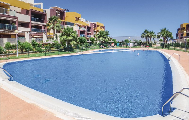Stunning home in Orihuela with WiFi, Outdoor swimming pool and 2 Bedrooms (EBL00, holiday rental in Playa Flamenca