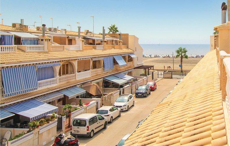 Amazing home in Santa Pola with 3 Bedrooms (EBL003), location de vacances à Elche