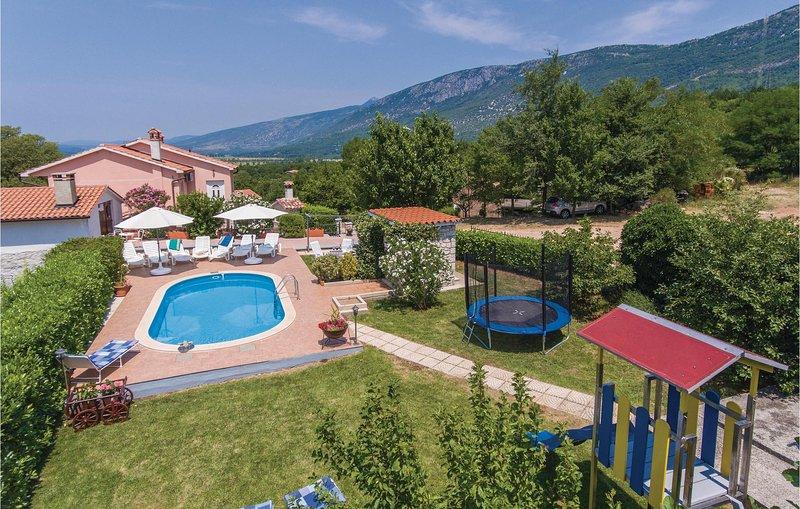 Vakantie vieren in het oosten van Istrie. (CIK397), casa vacanza a Kozljak