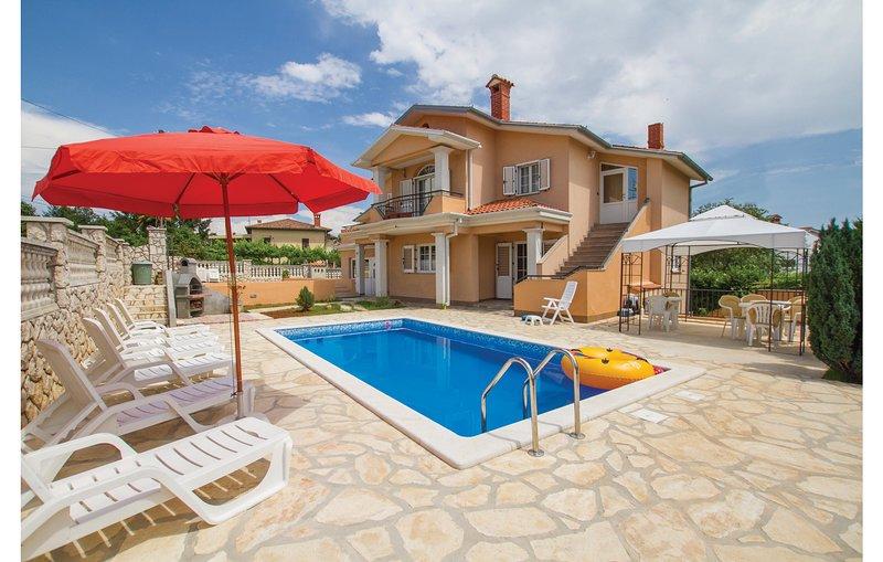 Nice home in Labin with 5 Bedrooms (CIK712), casa vacanza a Vinez