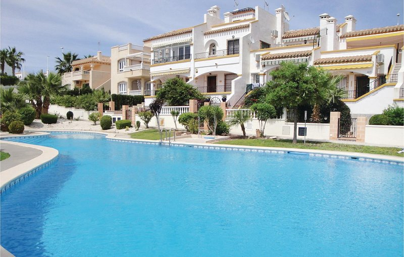 Amazing home in Orihuela Costa with 2 Bedrooms (EBL538), holiday rental in Los Dolses
