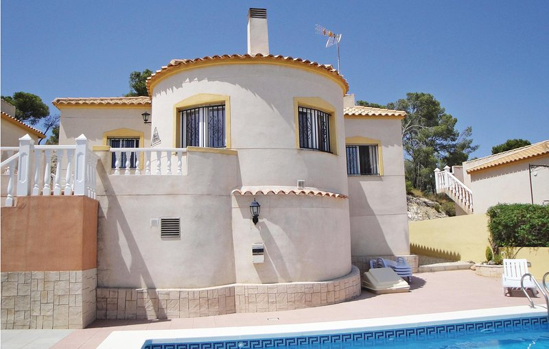 Awesome home in Castalla with 3 Bedrooms (EBL653), holiday rental in Banyeres de Mariola