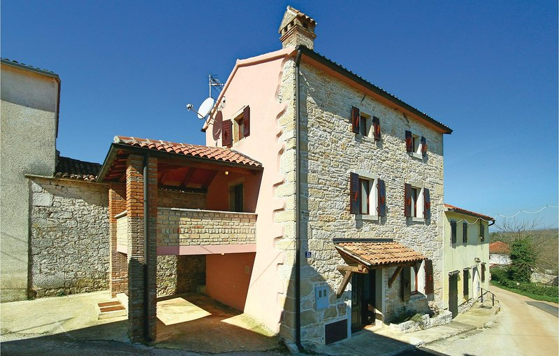 Beautiful home in Ritosin Brig with WiFi and 2 Bedrooms (CIL036), holiday rental in Diklici