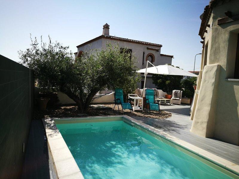 Monolocale seminterrato a Orosei. A pochi minuti dal mare e con piscina., holiday rental in Galtelli