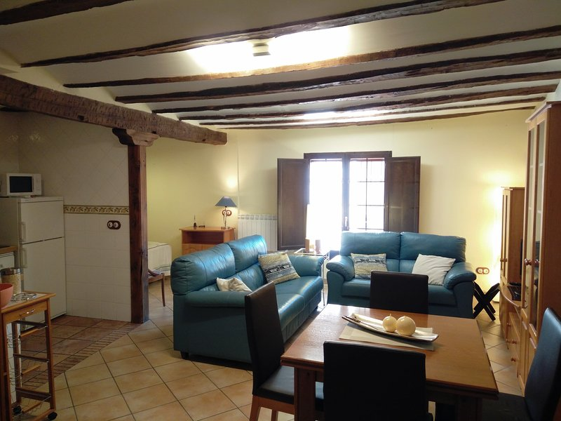 Apartamento Portal de Molina, vacation rental in Noguera de Albarracin