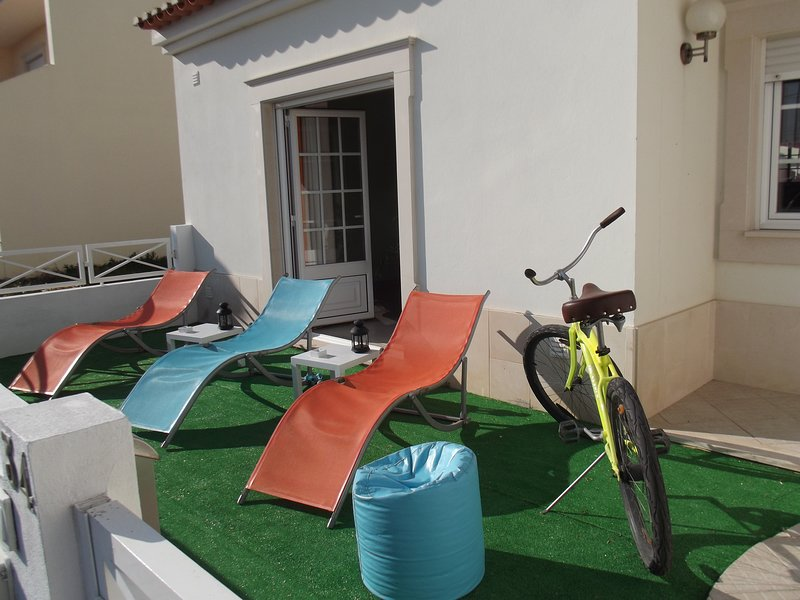Surf Royal Guest House, holiday rental in Ferrel