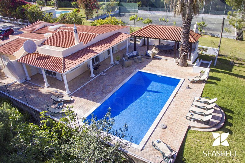 Casa Pequena, holiday rental in Vale do Garrao