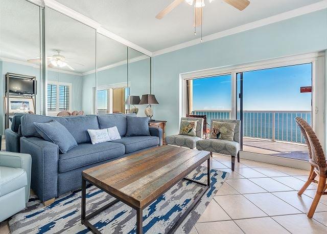 Amazing Views ~ Family Fun ~ Convenient ~ HUGE Balcony, location de vacances à Gulf Shores