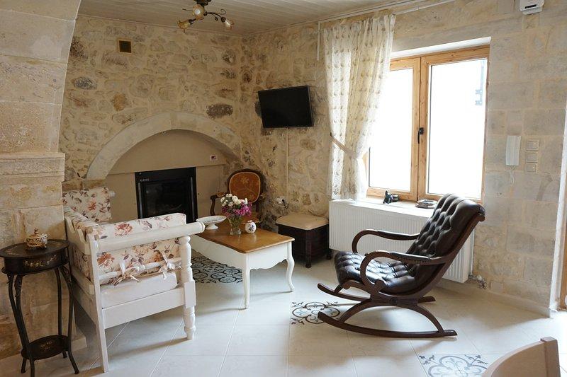 Ioanna House. A romantic touch on your vacation!, alquiler vacacional en Kaloniktis