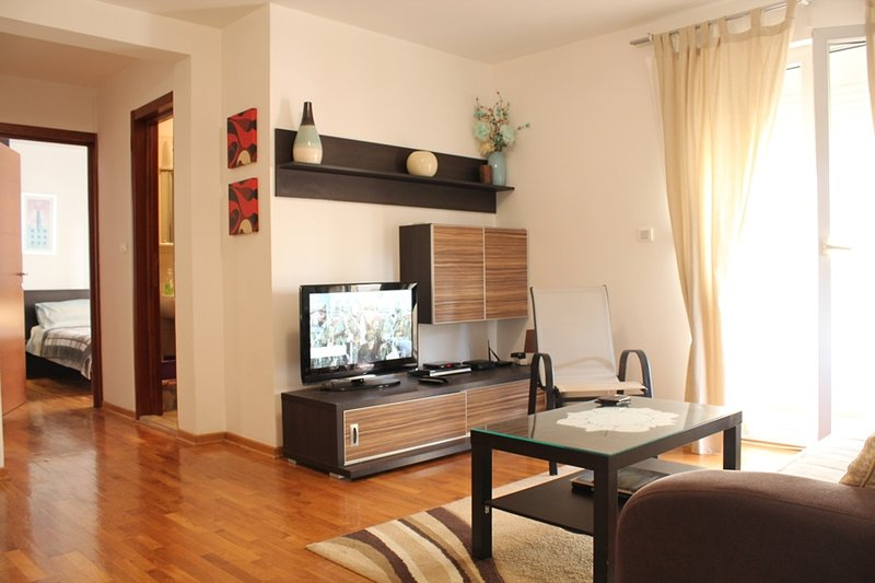 Two Bedroom Apartment on a great location in Budva, N18, holiday rental in Budva