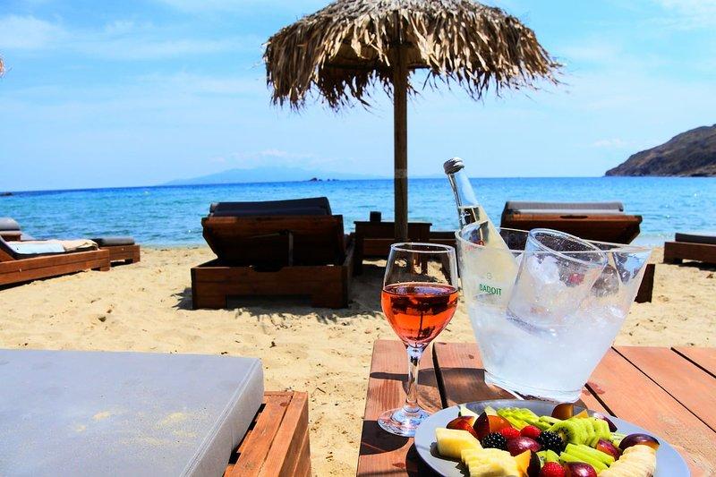 Mykonos Relaxing Cycladic Villa Private Parking, alquiler vacacional en Ano Mera