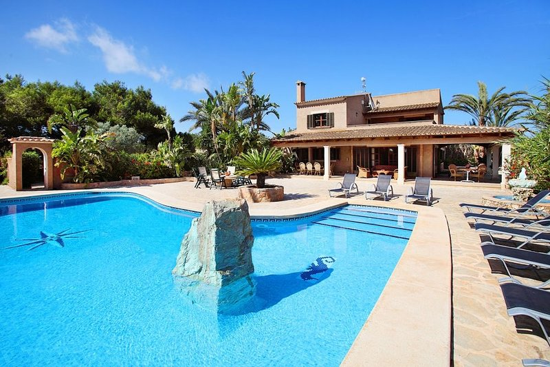 Villa Amapola, holiday rental in Cala Mondrago
