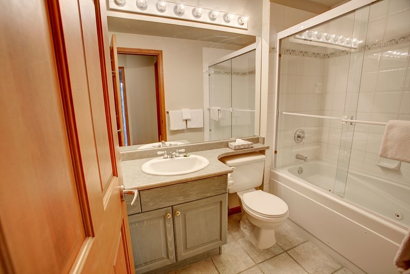Photo of Suite With Full Kitchen + Gas Fireplace | 5 Minutes from Whistler Village