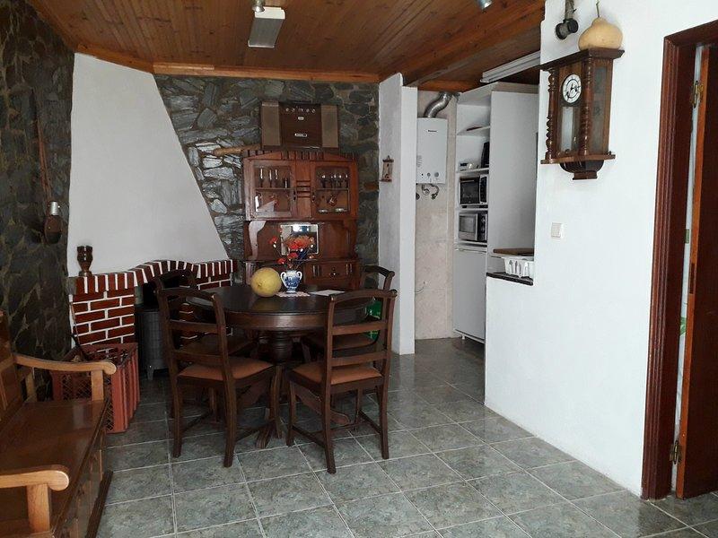 Casa Rústica da Lavandeira, vacation rental in Meda