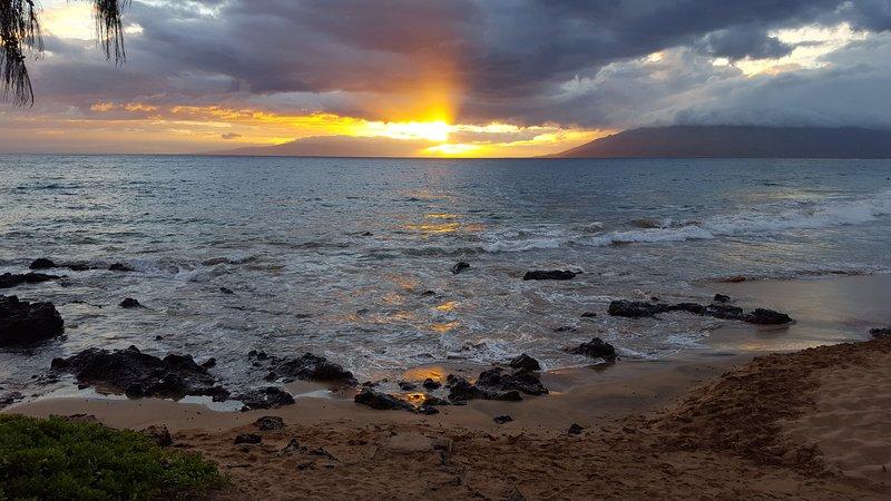 Couchers de soleil de Maui sur Kamaole Beach Park II