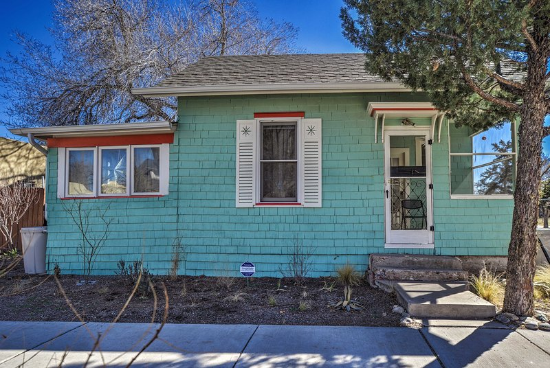 Choose this cool blue home as your stay in Albuquerque!
