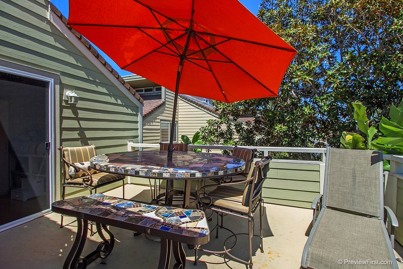 Great Family Beach Vacation Home in Seabluffe, holiday rental in Encinitas