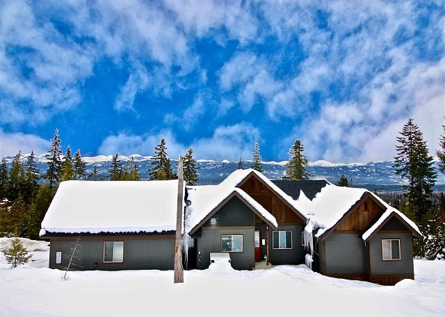 Dragontail View at Trailside! | Hot Tub | Summer Pool Access | Mountain Views, location de vacances à Cle Elum