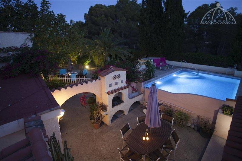 Altea Villa Sleeps 4 with Pool and Air Con - 5047627, location de vacances à Polop