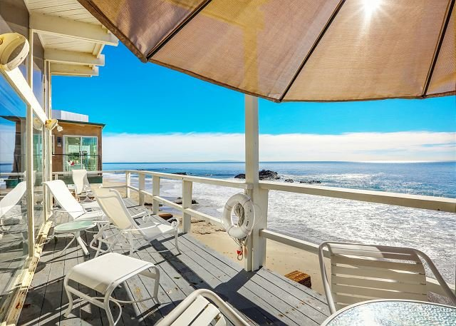 Beachfront Home w/ Panoramic Ocean Views - 2.7 Miles to Malibu Pier, location de vacances à Malibu