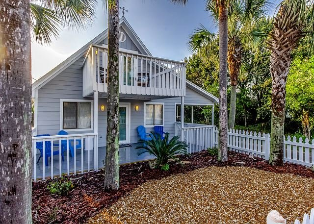 Unit 182: NEW Beautiful 4 BR / 2.5 BA House 2 Short Blocks From The Beach!, holiday rental in Panama City Beach
