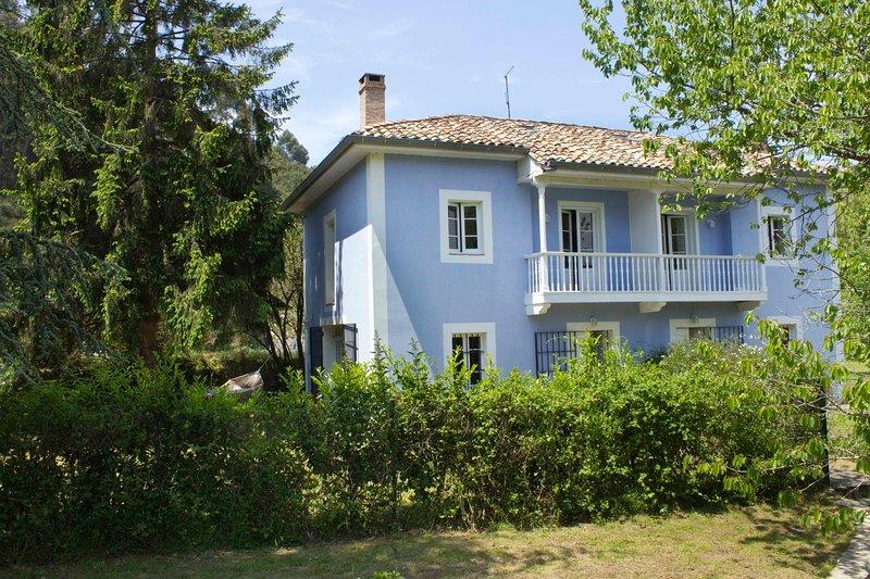 Casa de Vacaciones La Braña, holiday rental in Pimiango