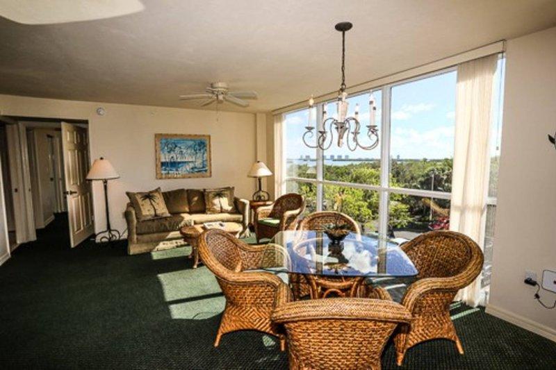 Third Floor Condo at Lovers Key Resort, holiday rental in Estero