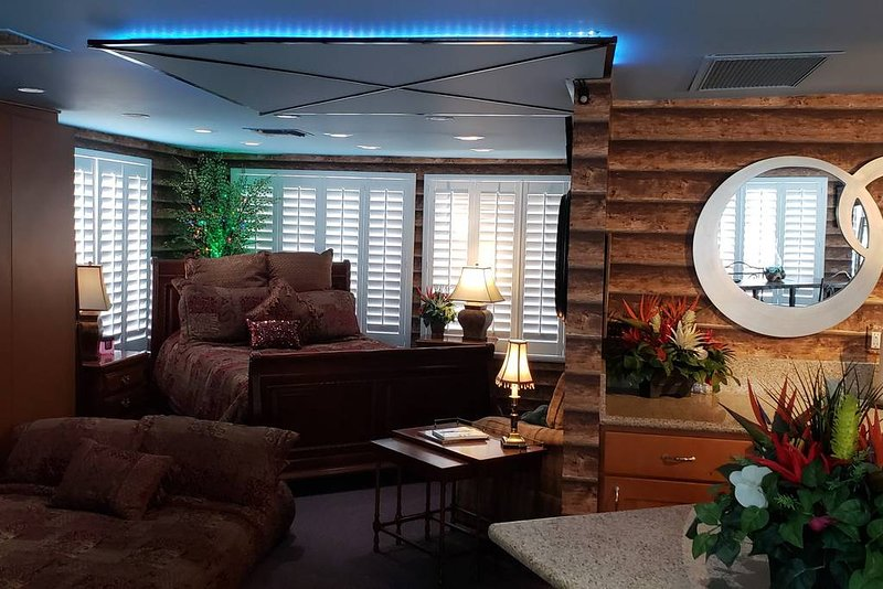Log Cabin Loft, alquiler vacacional en Bakersfield