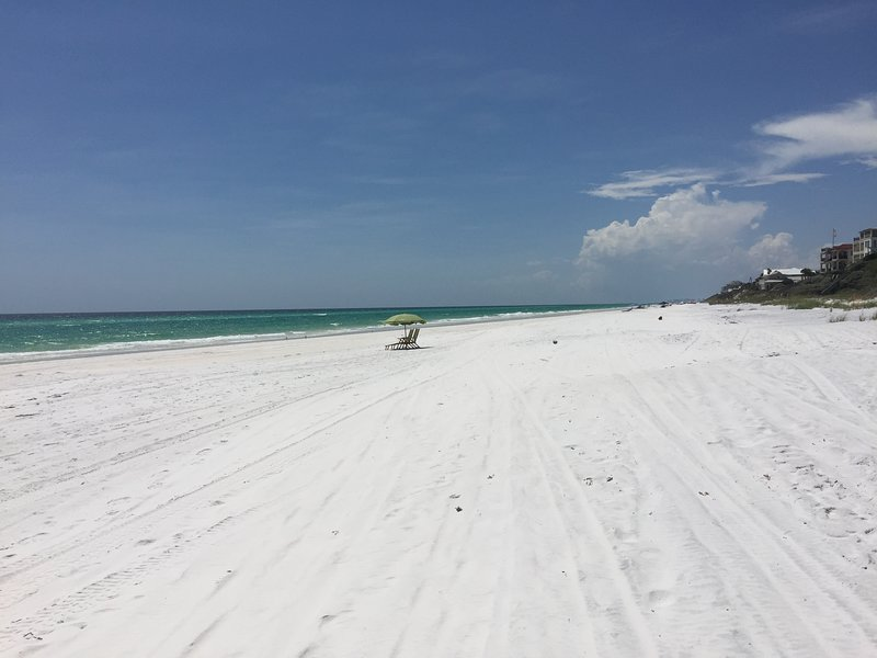 Sanctuary at Redfish unit 2120 - Luxury condo on 30A Free Beach Service, vacation rental in Blue Mountain Beach