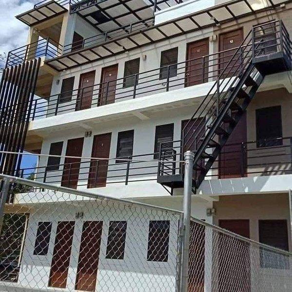 B & E Apartelle, location de vacances à Cordova