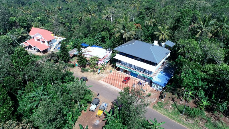 Mountainmis Homestay is located just 400 metres from the Ramakkalmedu View Point, vacation rental in Santhanpara