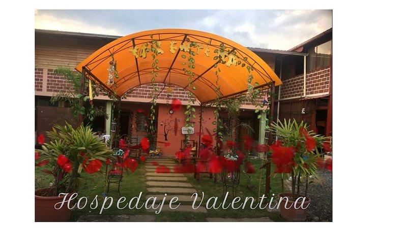 HOSPEDAJE FAMILIAR VALENTINA, vacation rental in Pastaza Province