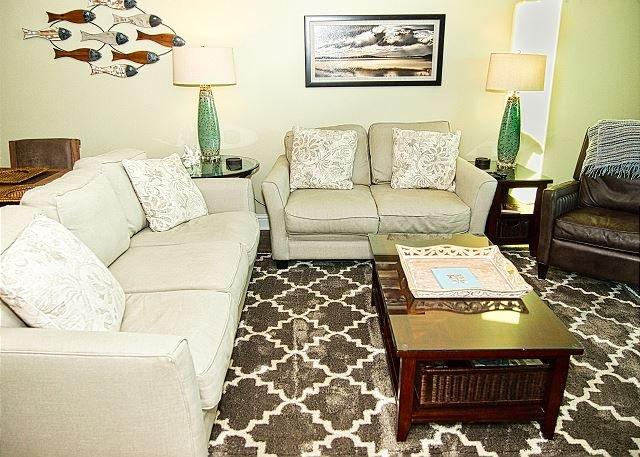 2019 Aqua Platinum Rated Condo 2 Beach Front Bedrooms