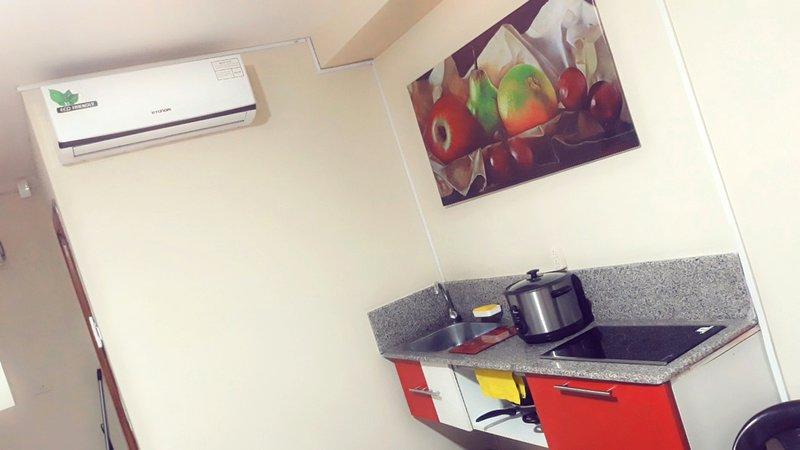 Dpto_Studio (Independiente con Cocina), aluguéis de temporada em Guayaquil