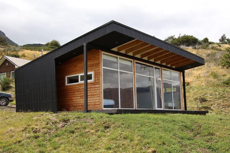 Patagonia Indómita: Cabaña 3 El Ñire, holiday rental in Coyhaique
