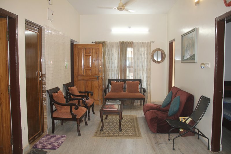 ATITHI - 2 BHK FULLY FURNISHED APT CERTIFIED BY TOURISM MINISTRY, GOVT OF INDIA, holiday rental in Khurda District